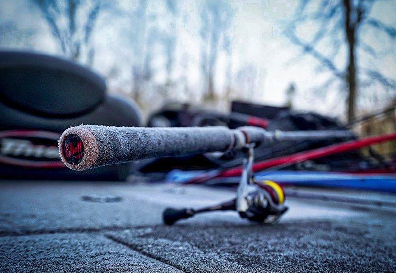 elliott rods 610ml-xf open water rod sitting on boat